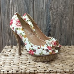 SODA Erin floral open toe platform pumps size 7